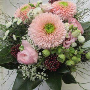 Blumenstrauss mit rosa Germini